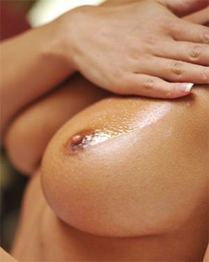 Rhian Sugden Hot Oil Body In Mind