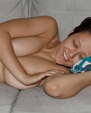 Sabrina Nichole Exercising Zishy