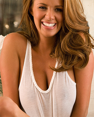 Sharae Spears Sexy Smiling Playmate