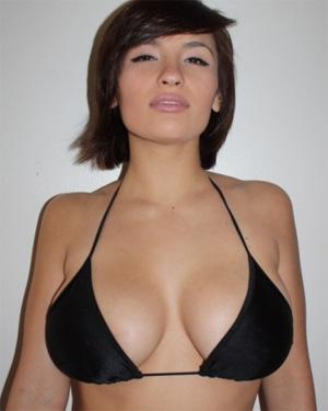 Shay Maria Sexy Chick