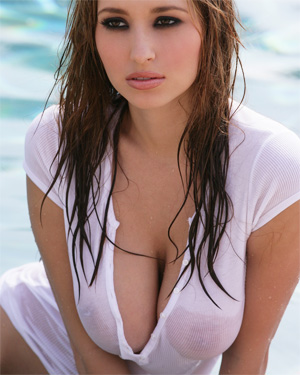 Shay Laren Gets Wet