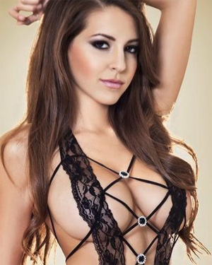 Shelby Chesnes Exclusive Pics