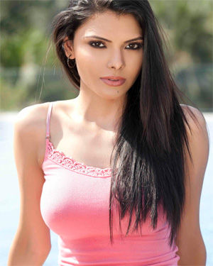 Sherlyn Chopra Exotic Beauty