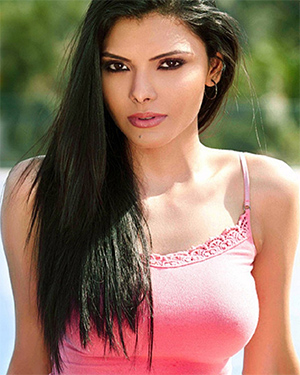 Sherlyn Chopra Busty Exotic Model
