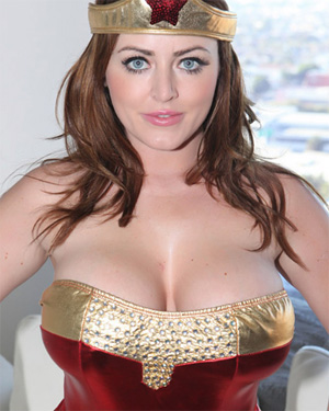 Sophie Dee Wonder Woman Costume