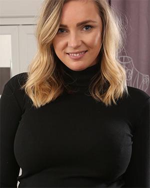 Stacey Massey busty blonde secretary