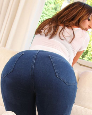 Stacey Poole Tight Jeans