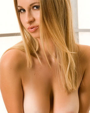 Sydney Max Hot Playboy Blondie