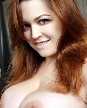 Tessa Fowler wink nod boobs