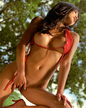 Tina Le