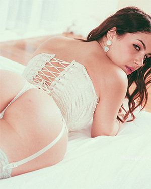 Valentina Nappi New Website