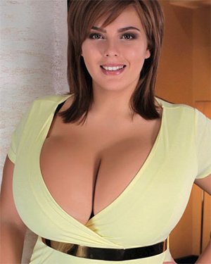 Xenia Wood Insane Cleavage