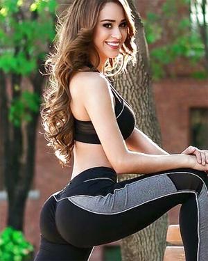 Yanet Garcia Big Booty Latina