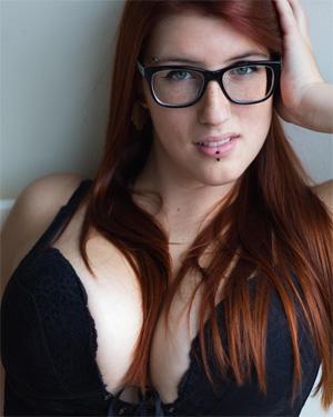 Zely Busty Redhead Suicidegirl