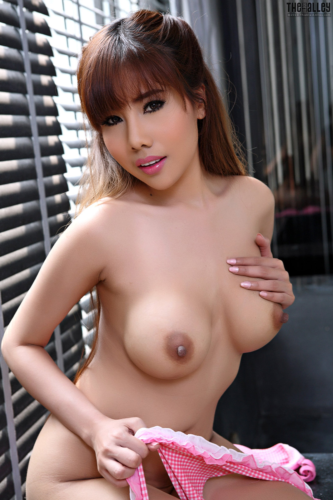 nude arab models