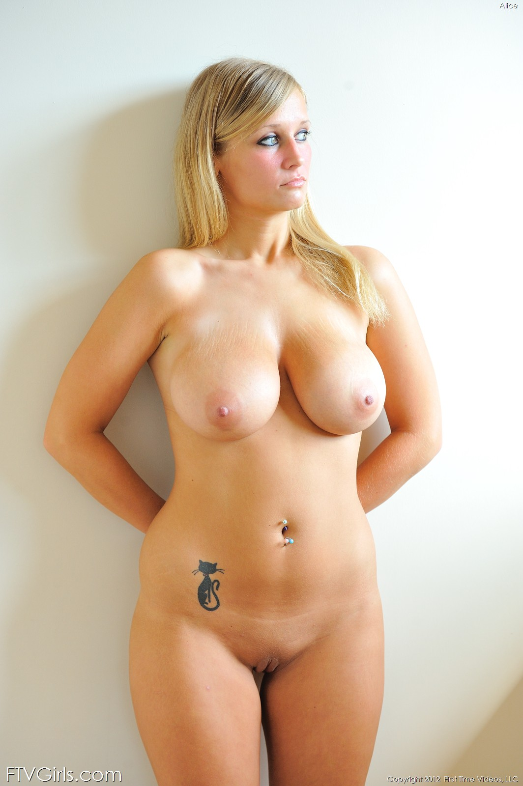 girl getting fucked by a baseball bat porno