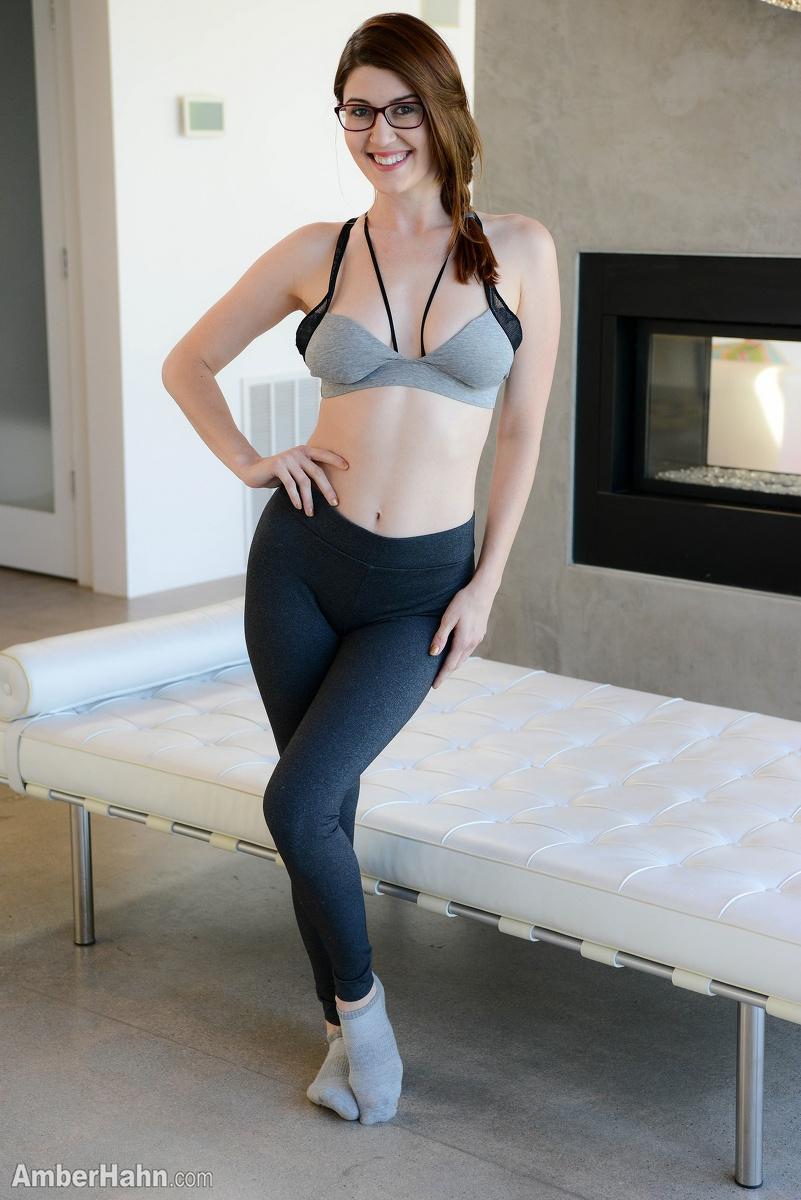 Pretty hot sexy boobs and pussy pornstar