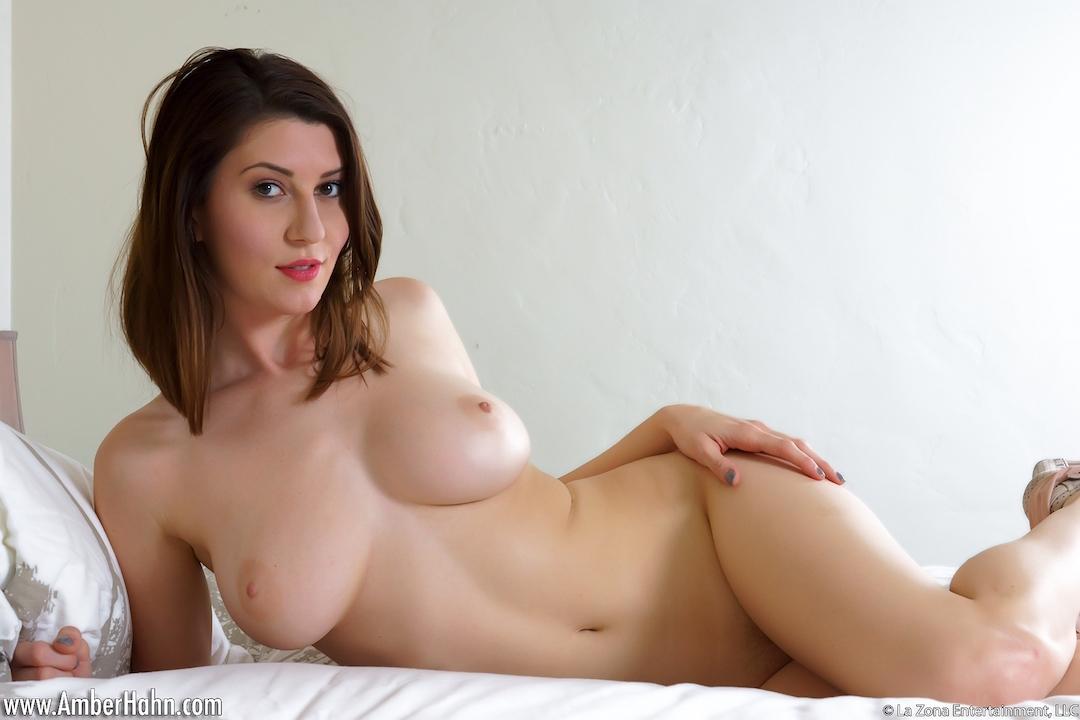 Angelina jolie sexy video clip