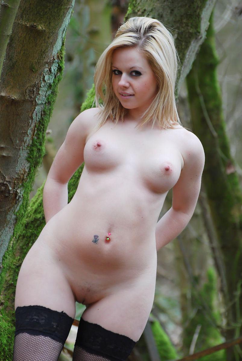 vip naked