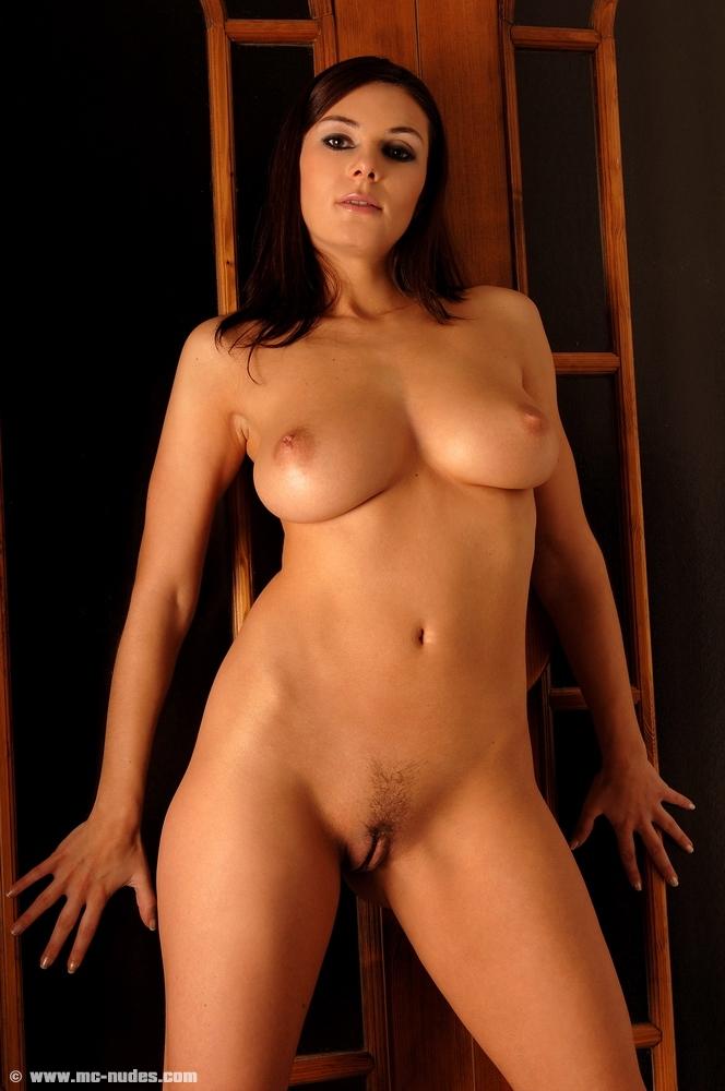 Free nude bondage pics