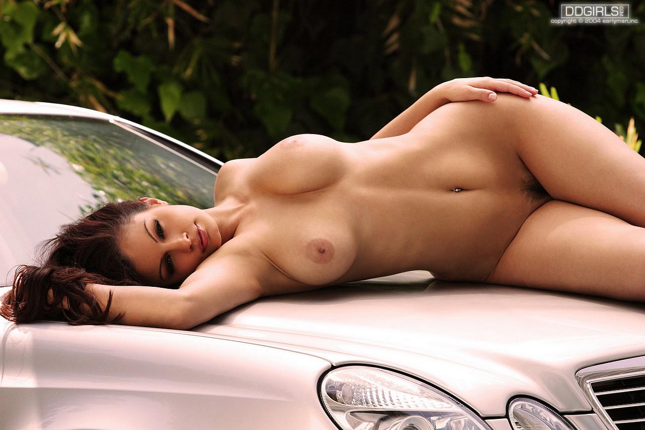 Aria giovanni model nude