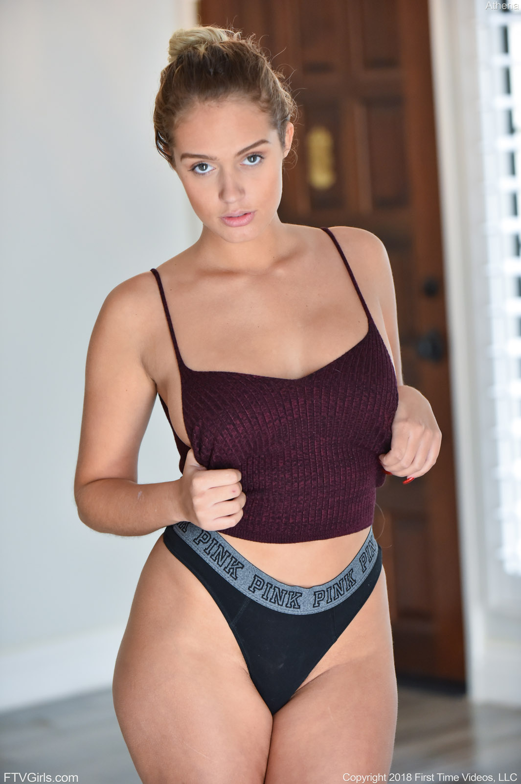 Teen hot butt nude ig