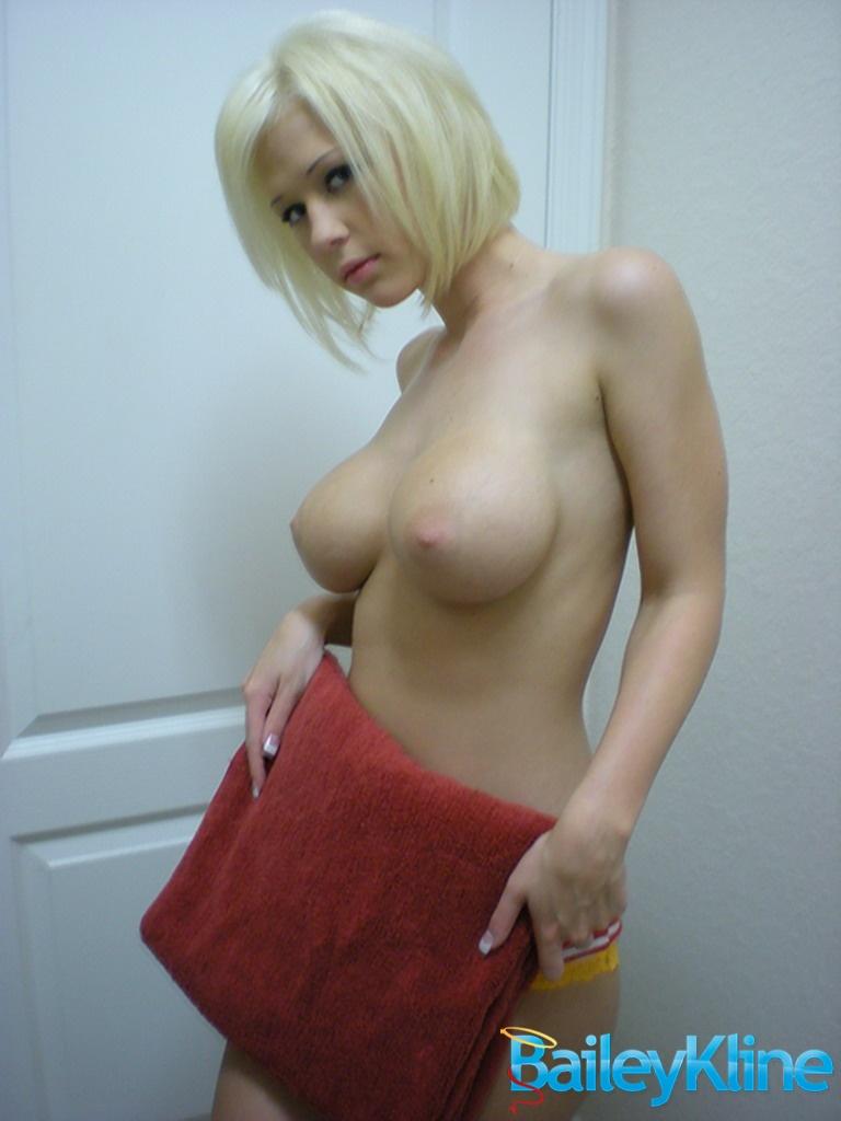 Velvet Naked