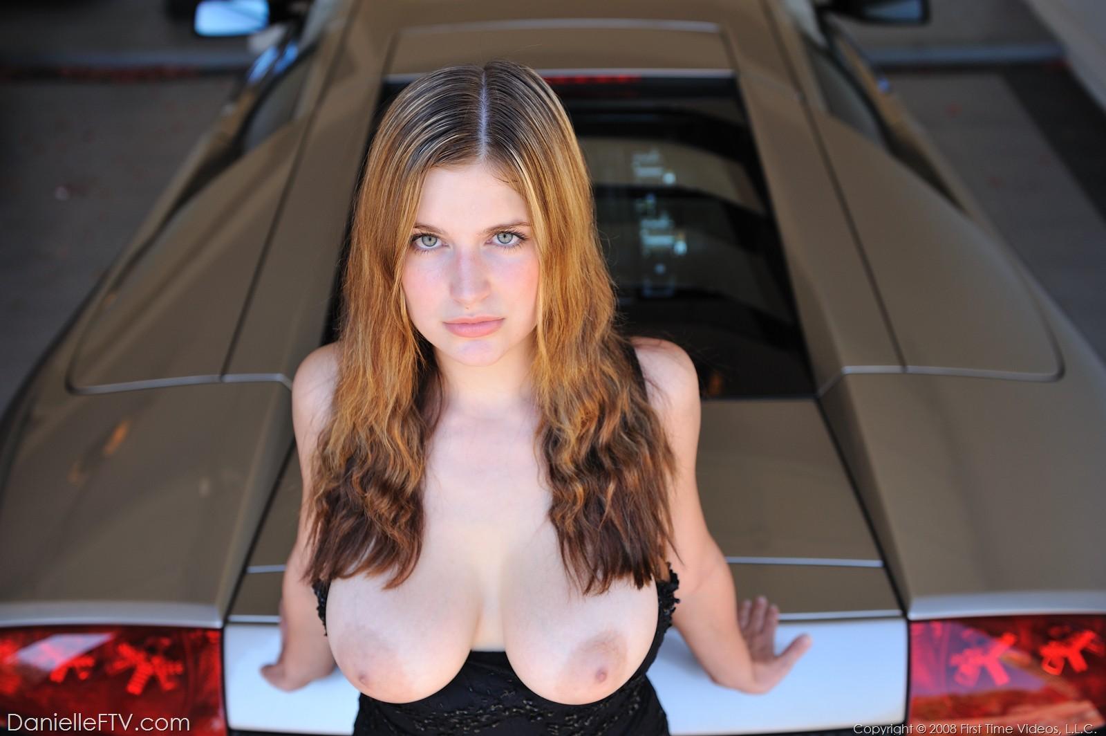 Lamborghini with naked hot girls