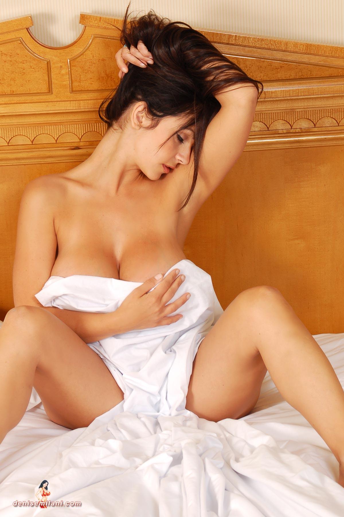 nackte-maedchen-auf-weissen-lakenbildern-sex-tuben-mexikanische