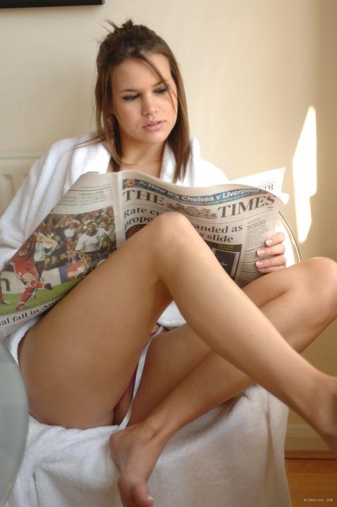 Hotty Stop / Emma Nicholls The Paper