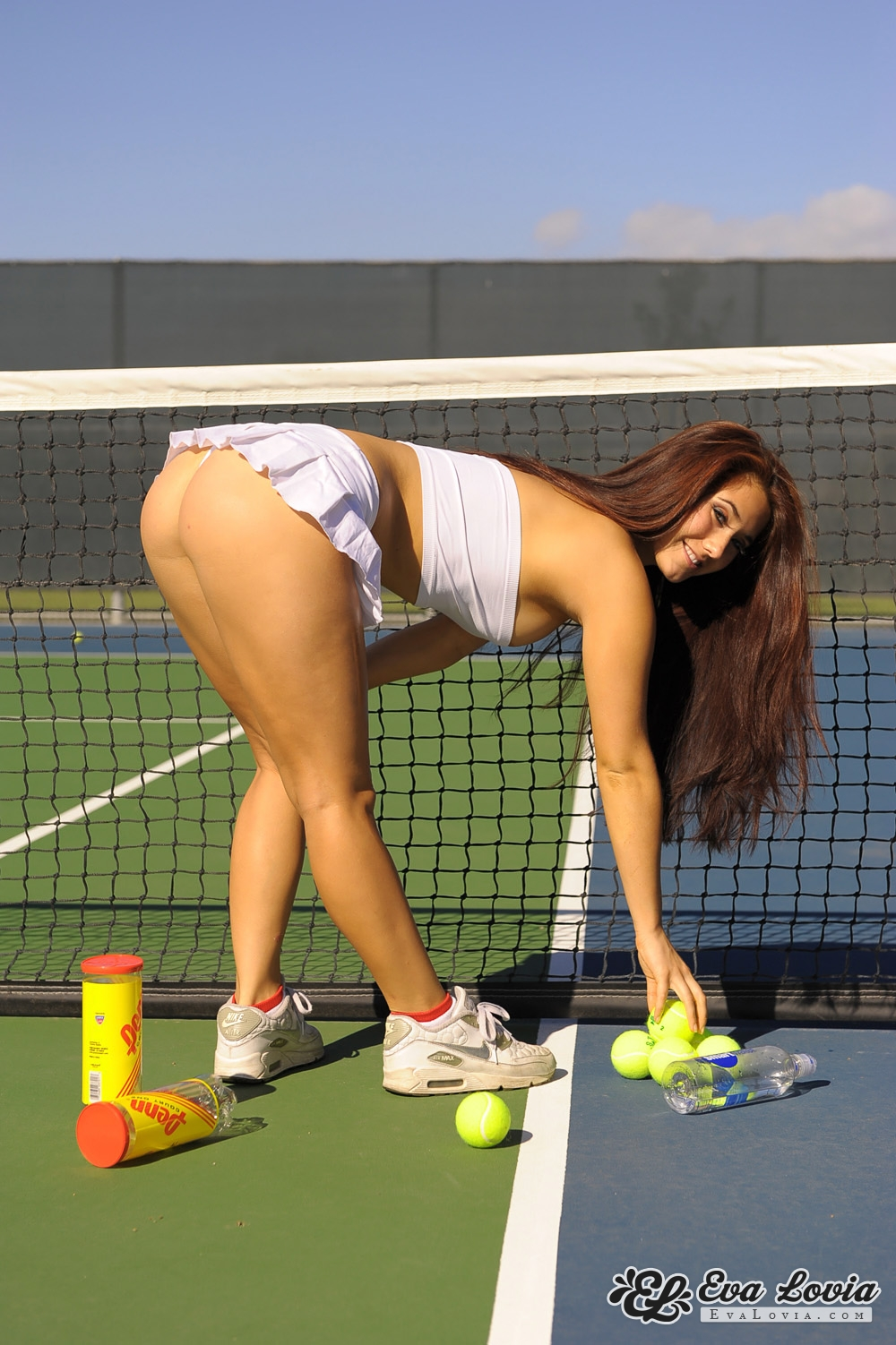 young tennis girls nude