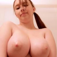 Felicia 18andbusty
