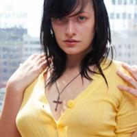 Hannah Kinney Zishy