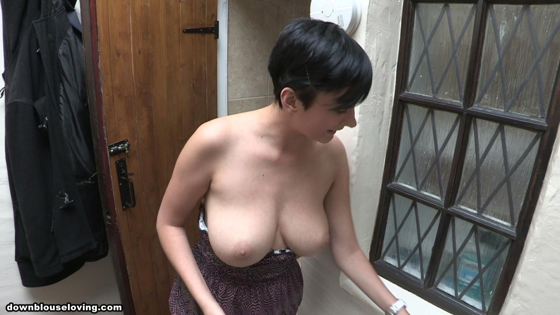 downblouse house cleaning