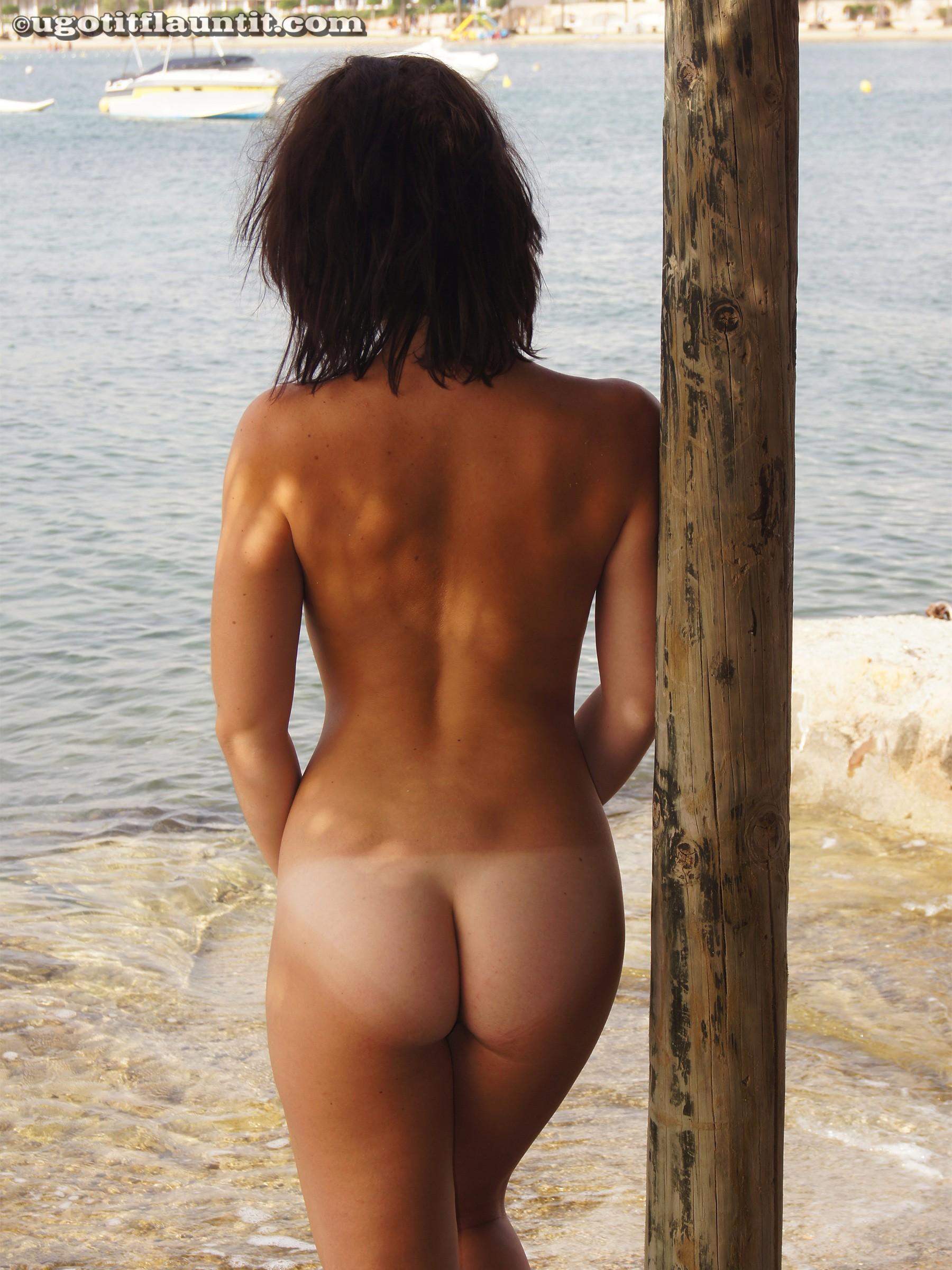 Taking off bikini video
