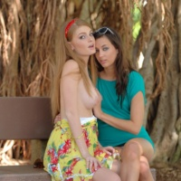 Larysa and Faye