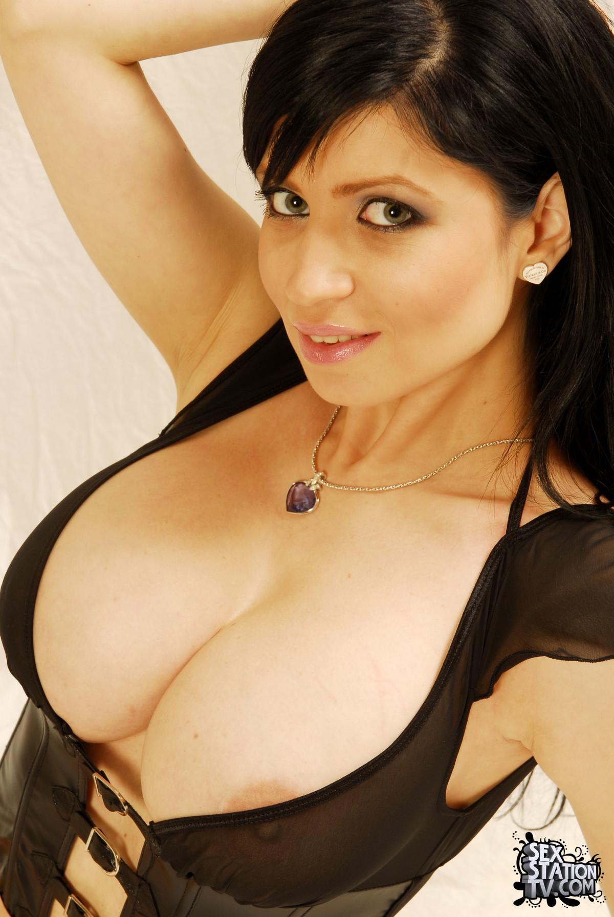 Ролики большая грудь 8 фотография