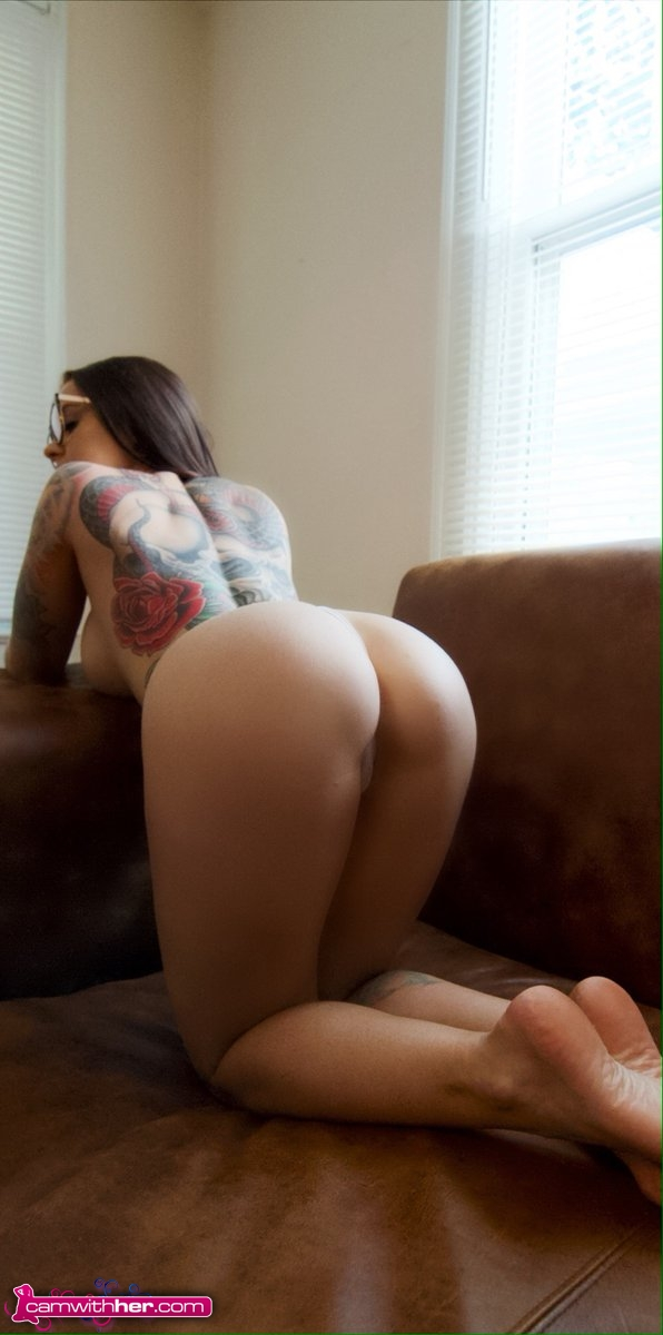 hottystop maggie booty cam with her 3