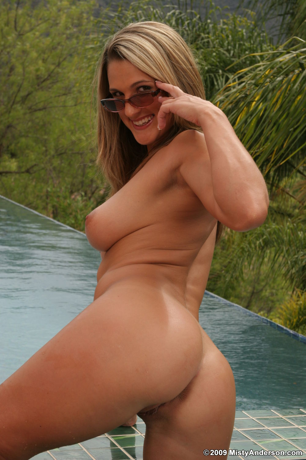brittany lincicome naked