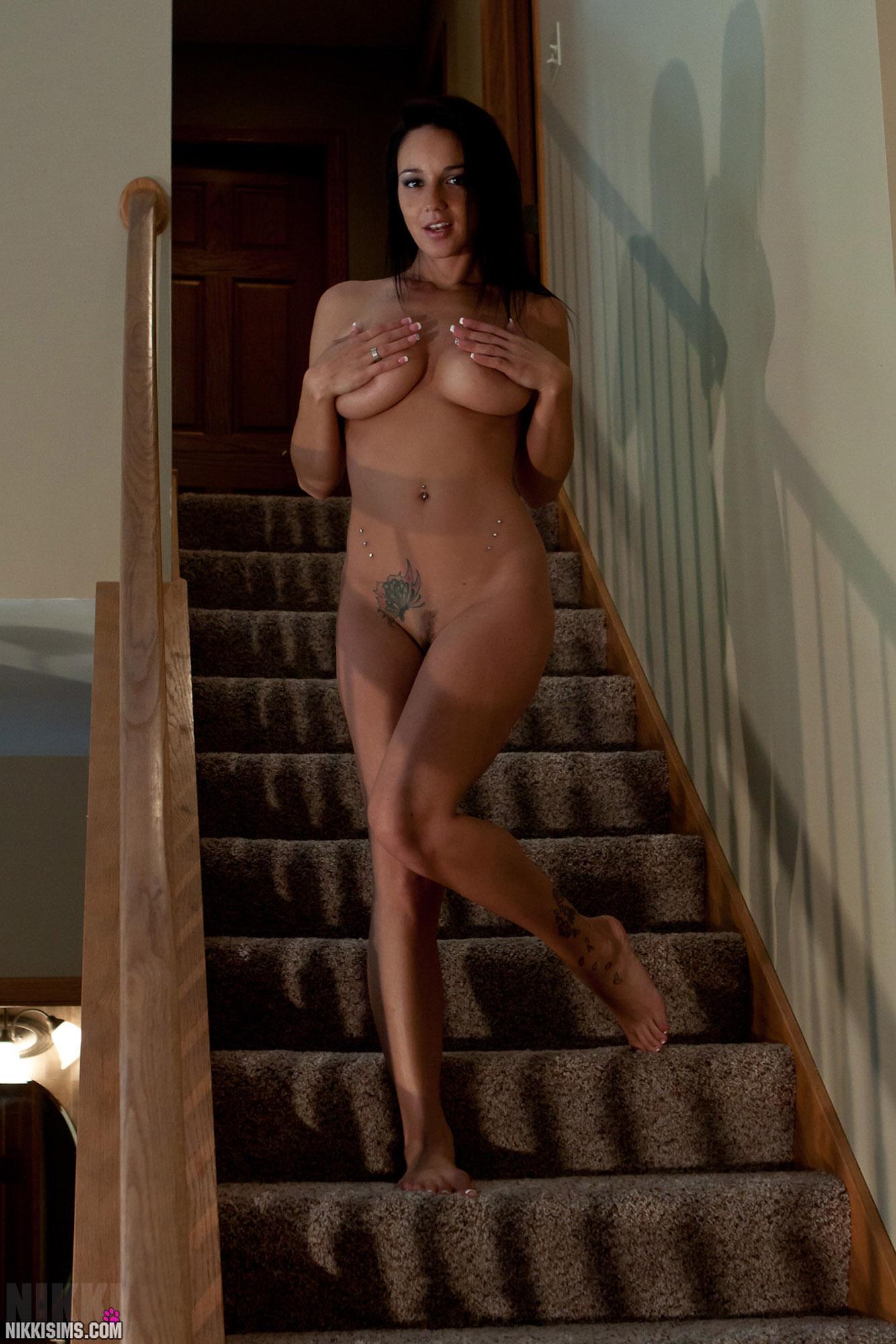 Nikki sims extreme naked hentay photos