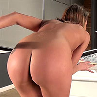Nikki Sims Video