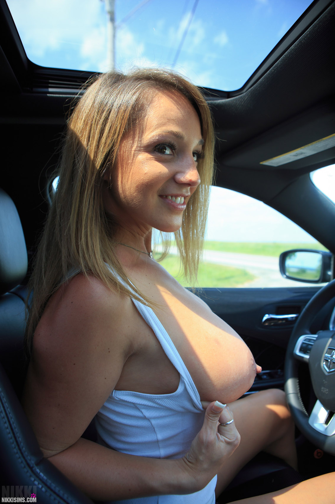 Nikki Sims Sexy Road Trip / Hotty Stop