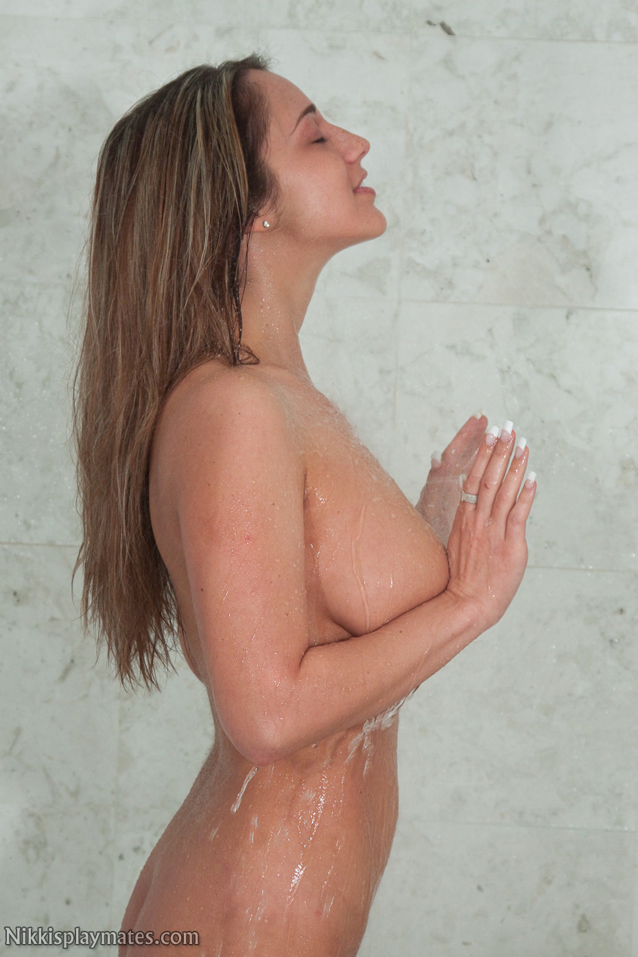 See sims whoo naked exposed image