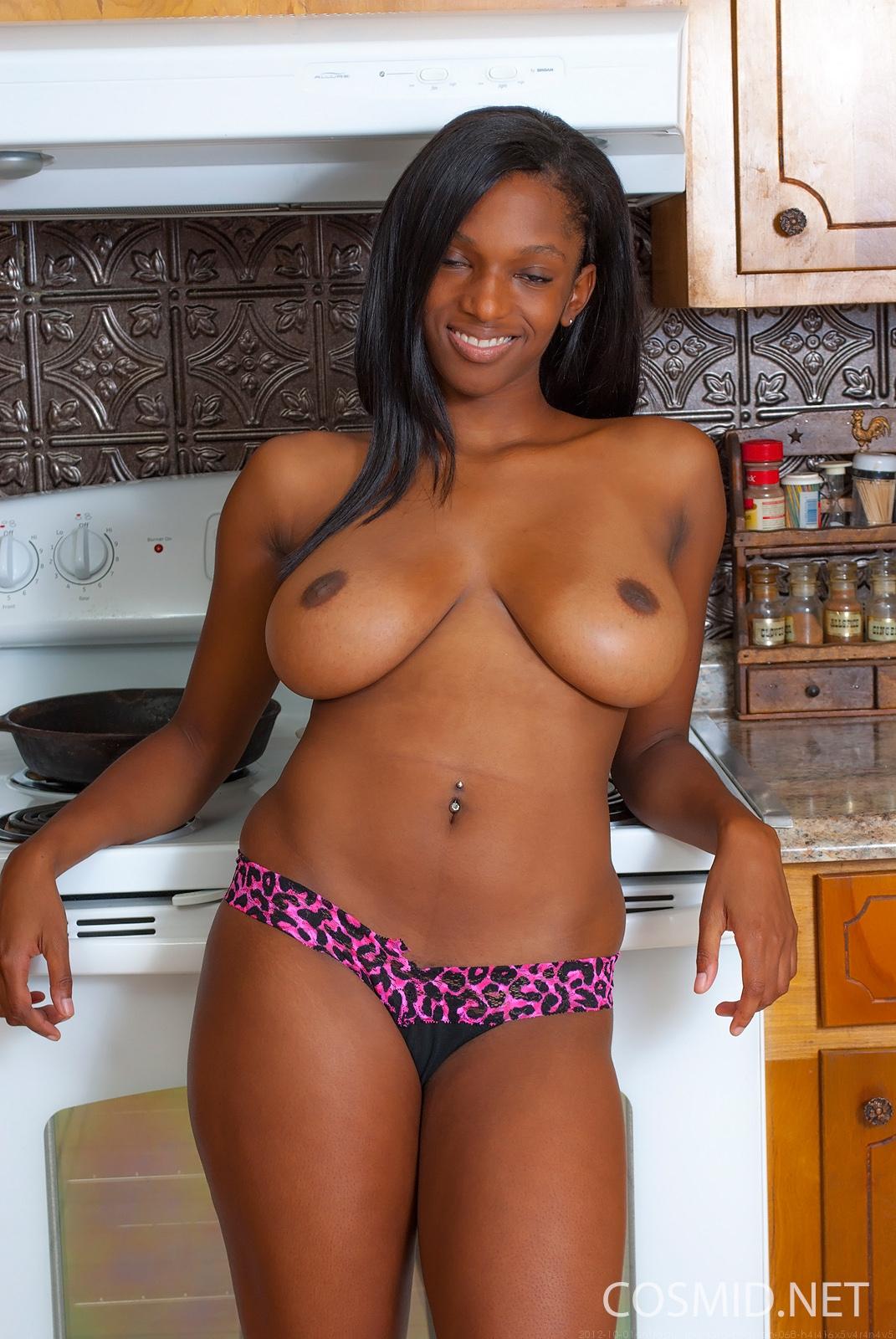 black tara woman pussy