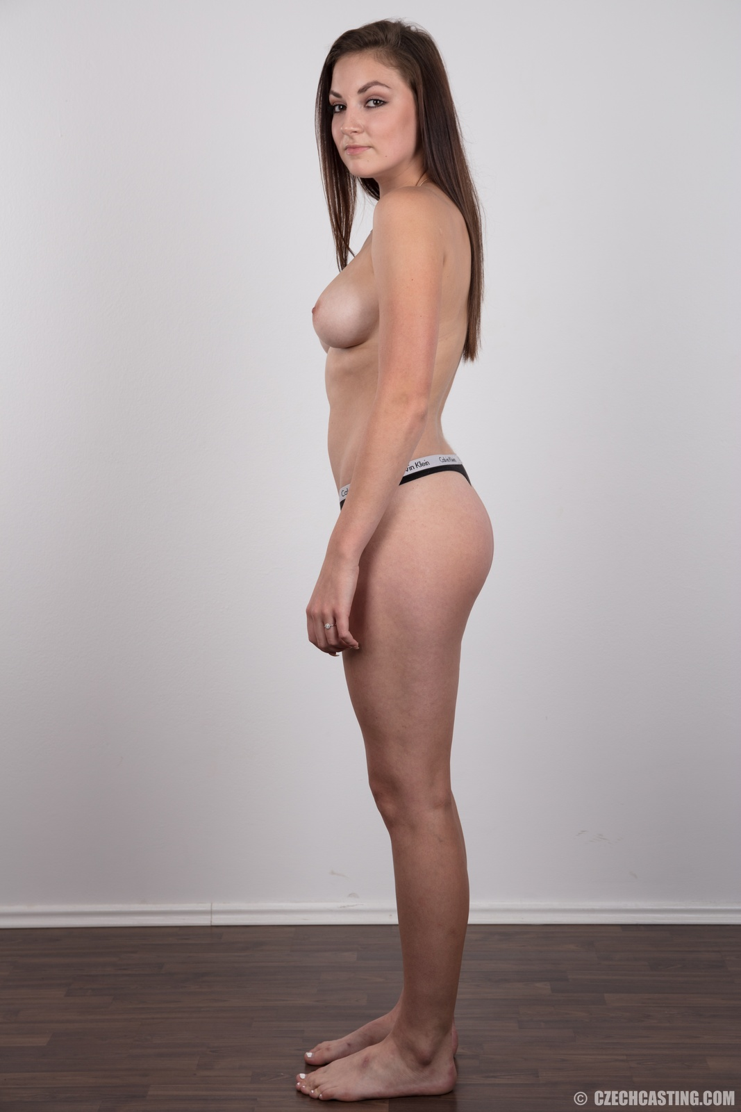Czech casting brunette