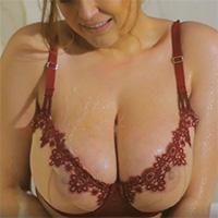 Tessa Fowler takes a sensual bath