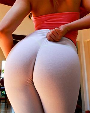 Alexis Texas Hot Ass in Leggings