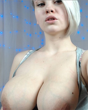 Goddess Alice Snow Webcam