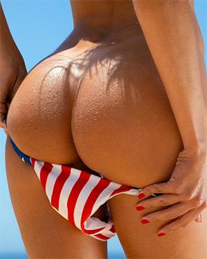 Alina Boyko Peels Off Her Bikini