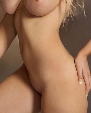 Amy Alexandra Nude